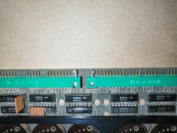 Продам Плата с импортными панельками для Ин-18 и аналогов