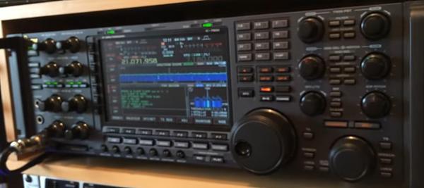 Продам Трансивер ICOM -7800