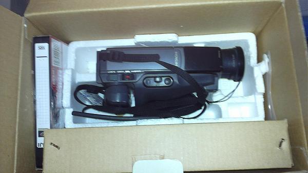 Продам Видеокамера Hitachi