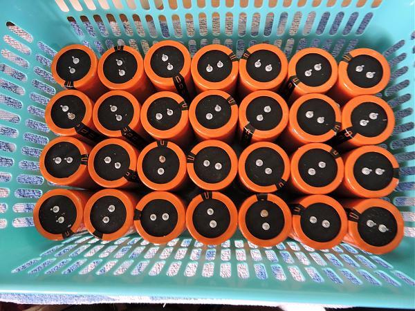 Продам конденсаторы