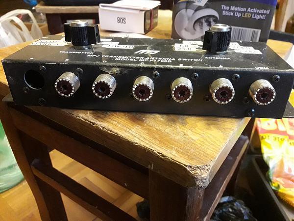 Продам MFJ-1700 И антенный переключатель