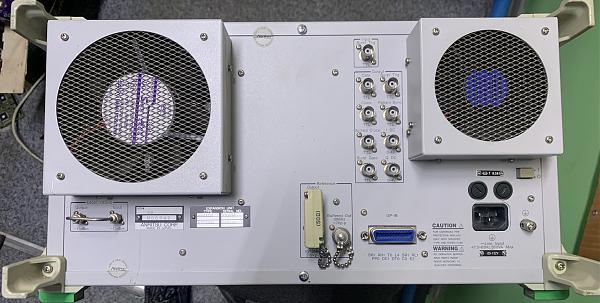 Продам Высокочастотный генератор сигналов Anritsu MG3671G