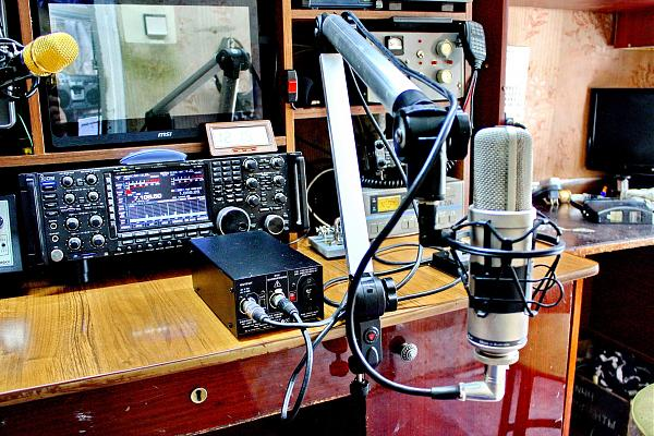 Продам Студийный микрофон Rode NTK