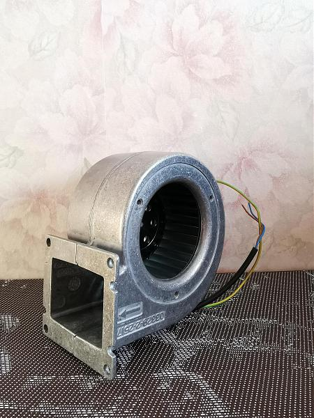 Продам Ebmpapst G2S085-AA03-01