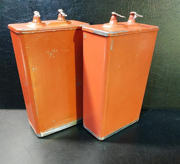 Продам Конденсаторы К75-40б 40х2000в