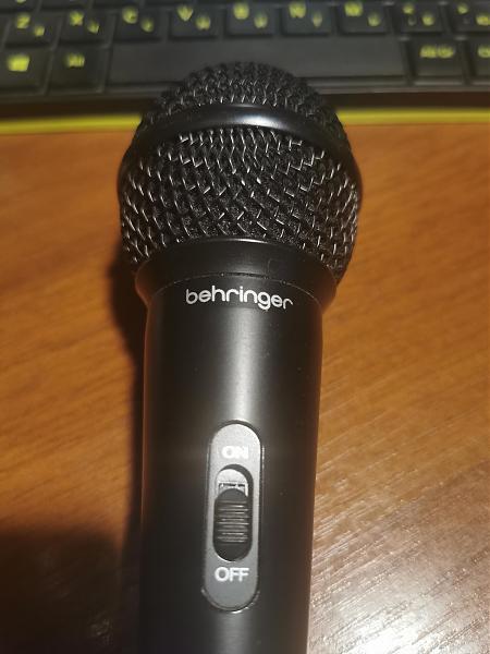 Продам микрофон behringer xm1800s